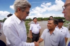 Nebunie! John Kerry a vizitat locul in care a omorat un om in timpul Razboiului din Vietnam