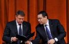 Victor Ponta despre Klaus Iohannis: Joacă şeptica pe spinarea oamenilor