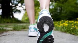 3.000 de pași făcuți zilnic în ritm rapid întăresc sănătatea