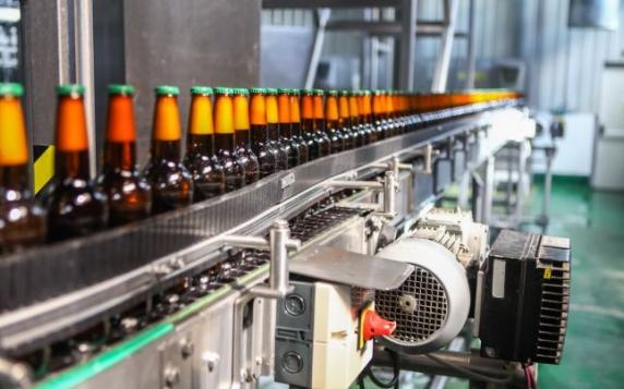 De la rigoarea germana la tehnologia japoneza. Asahi cumpără brandurile de bere Ursus, Timişoreana, Ciucaş, Stejar şi Azuga