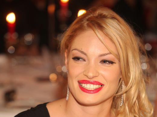 Valentina Pelinel da din casa despre nunta cu Cristian Borcea